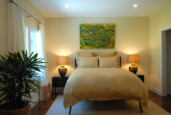 Hamptons-Guest-Bedroom-Design-Yellow-600