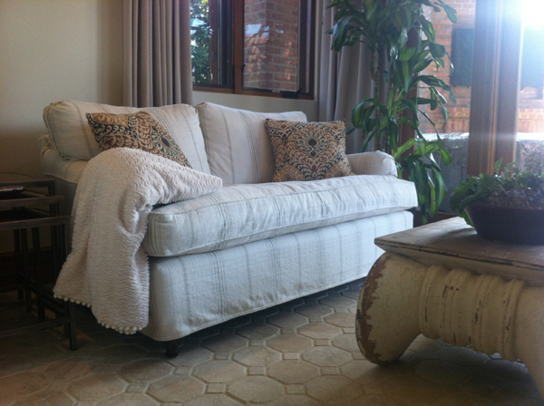Jackson-Sunroom-Sofa-600