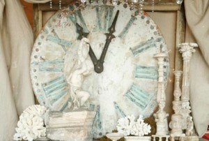 Aqua Blue and White Clock Vignette