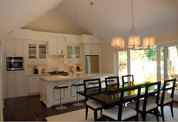 Hamptons Kitchen Design White Black 600