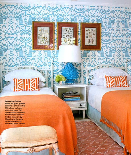 Orange-Turquoise-Bedroom-Interior